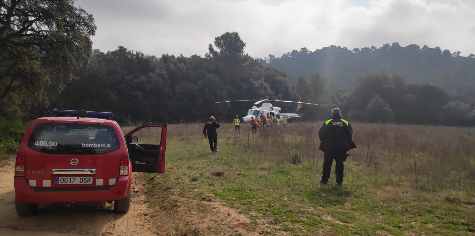 La Policia Local facilita el rescat en helicòpter d'un ciclista accidentat